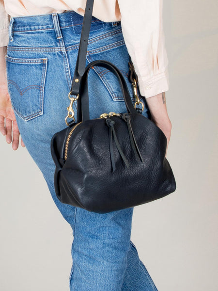 Katie Large Shoulder Bag: Black