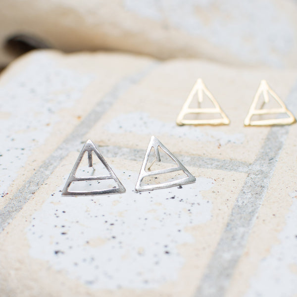 Par Ici - Triangle Earring