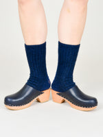 Run Pony Pony: Simple Clogs - Navy