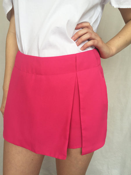 that's a warp skort in fuschia