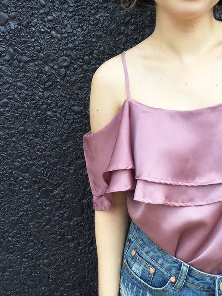 moonlight dancing cold shoulder top in mauve
