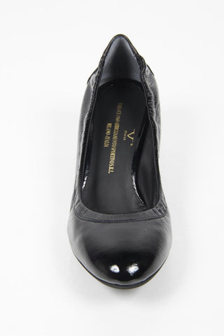 VERSACE 1969  V ITALIA KITTEN HEEL PATENT LEATHER PUMPS