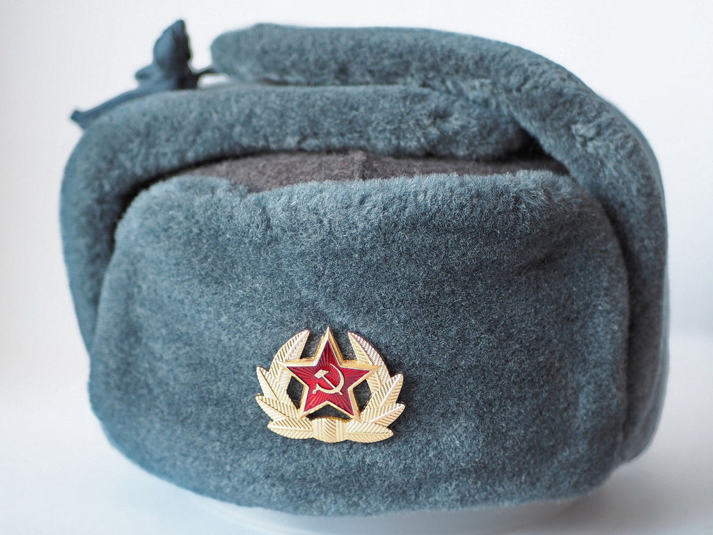 98cc326a641 Russian USSR Soldier Military Winter Hat with Badge Fur hat Ushanka Red  Star with Hammer Sickle