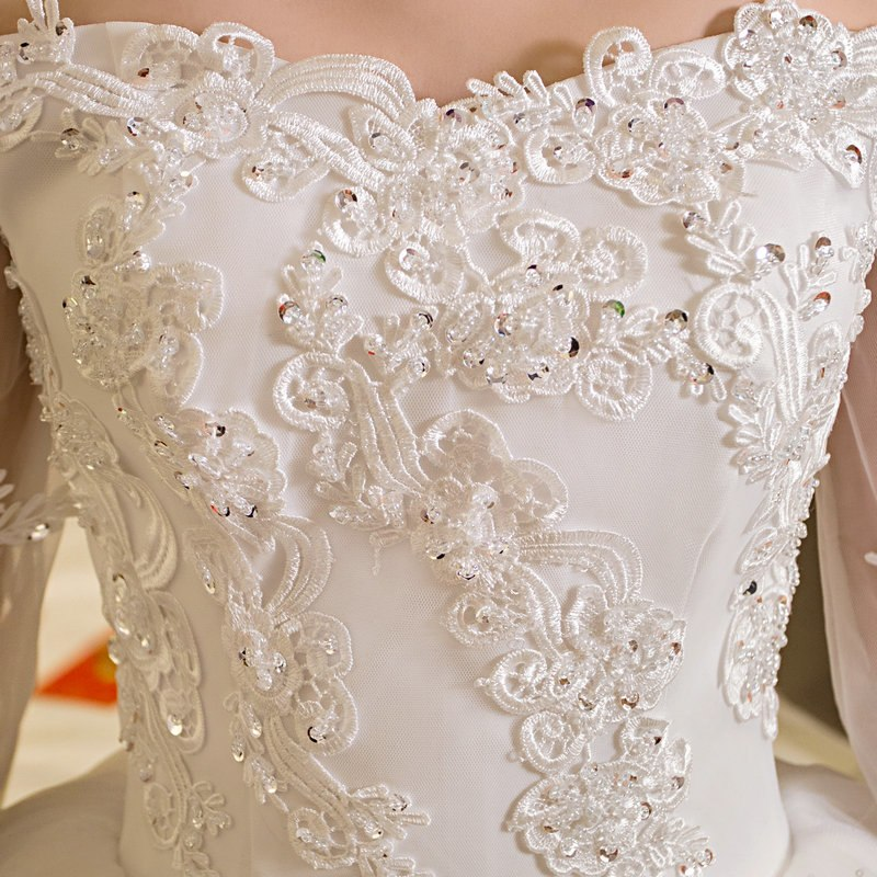 LAMYA Customized Ball Gown Lace Three Quarter Boat Neck Wedding Dresses  2018 Princess Plus Size Bridal dbda286d0a29
