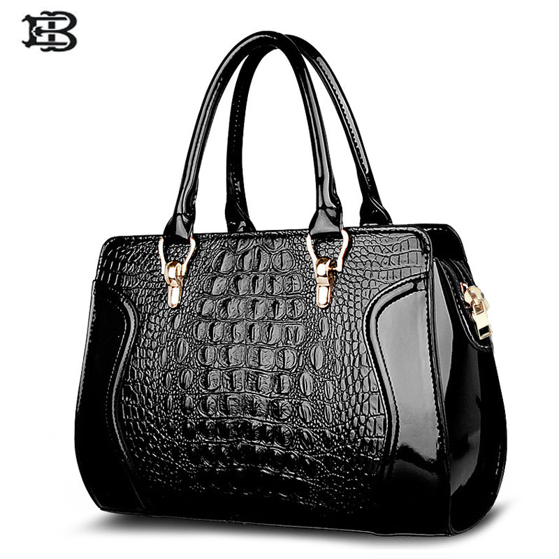 Suutoop Women Crocodile Pattern Handbag Leather Large Shoulder Bag Black  Female Hobos Bag Alligator Handbag Messenger a0153b6e9a528
