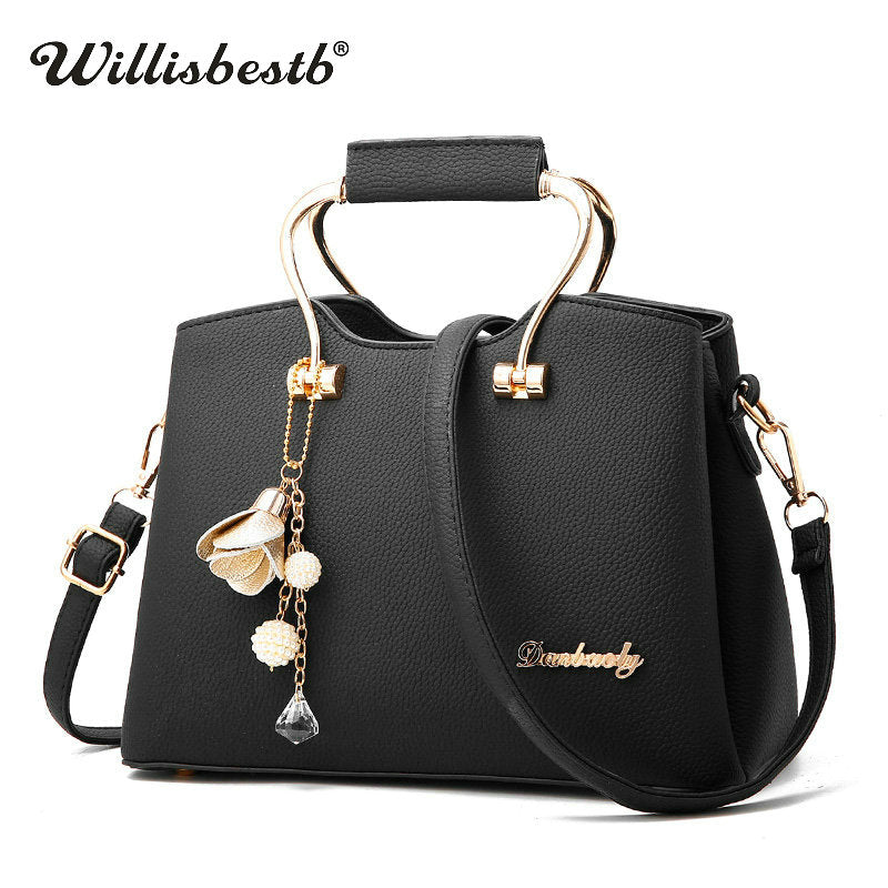 5bc87110f3c6 2018 New Soft Women Handbags Luxury Female Shoulder Bags For Girl Fashion  Summer Pu Leather Solid