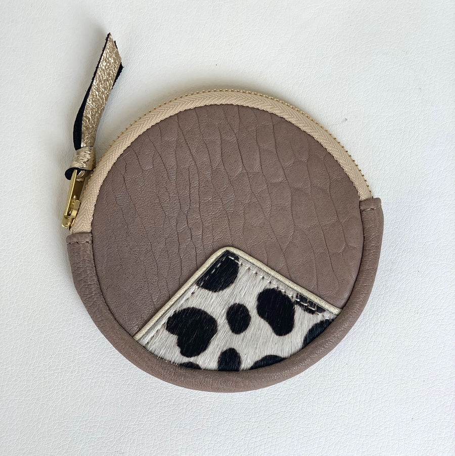 Taupe & Animal Circle Purse