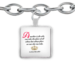 Square Pendant Bracelet for Mom with a Quote