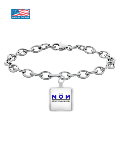 Mom - A Title Above Queen Square Pendant Bracelet - Cach Best