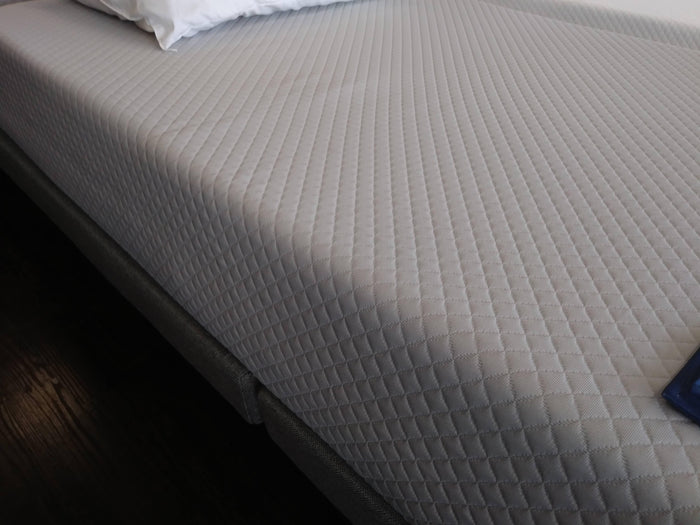 "Gel Comfort 8"" Queen Mattress"