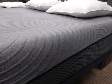 "Gel Max 12"" Queen Mattress"