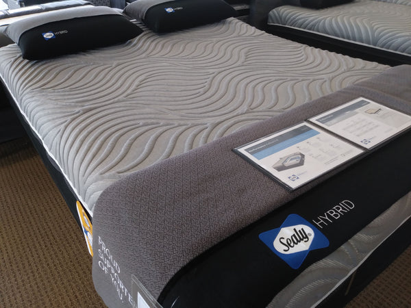 Mattress_Sealy Kelburn II Hybrid Queen Mattress_sleep-bargains