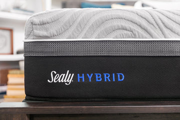 Sealy Kelburn II Hybrid King Mattress