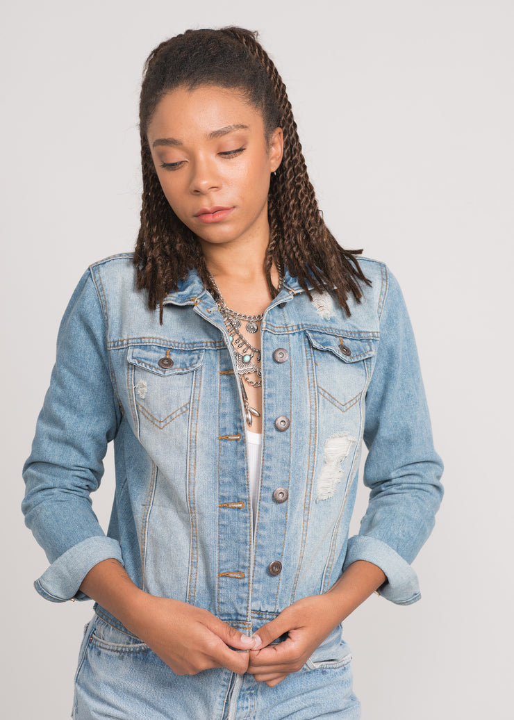 Fitted vintage wash women's denim jacket