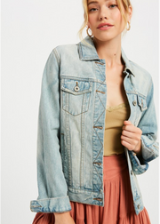 Light wash women's vegas denim jacket
