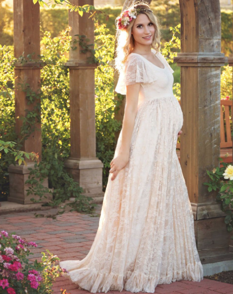 How To Find The Best Maternity Wedding Dress
