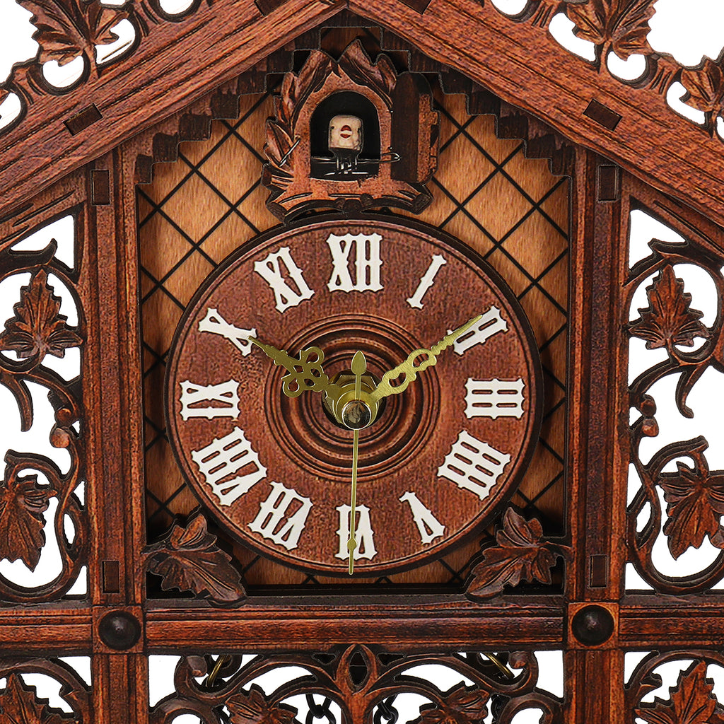 Vintage Handcraft Wood Cuckoo Wall Clock Tree House Swing Wall Clock Art Home Decorations face up close