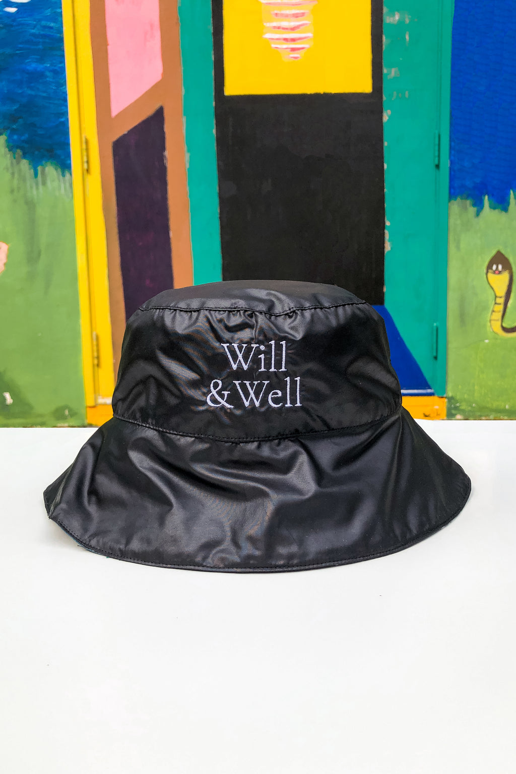 Leave UV: Reversible Bucket Hat