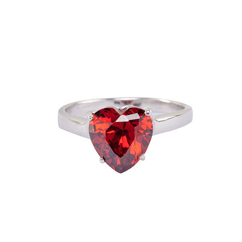 Solitaire Design with Heart Shape Centerpiece Ring