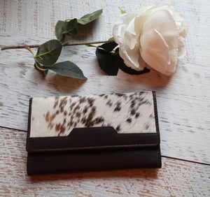 Vegas Cowhide Trifold Wallet
