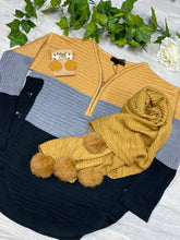 Abby knit mustard and black