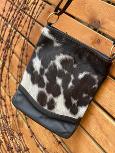 Oxford Cowhide handbag black and white