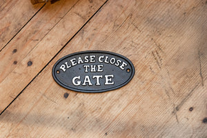"Cast Iron ""Please Close the Gate"" Plaque"