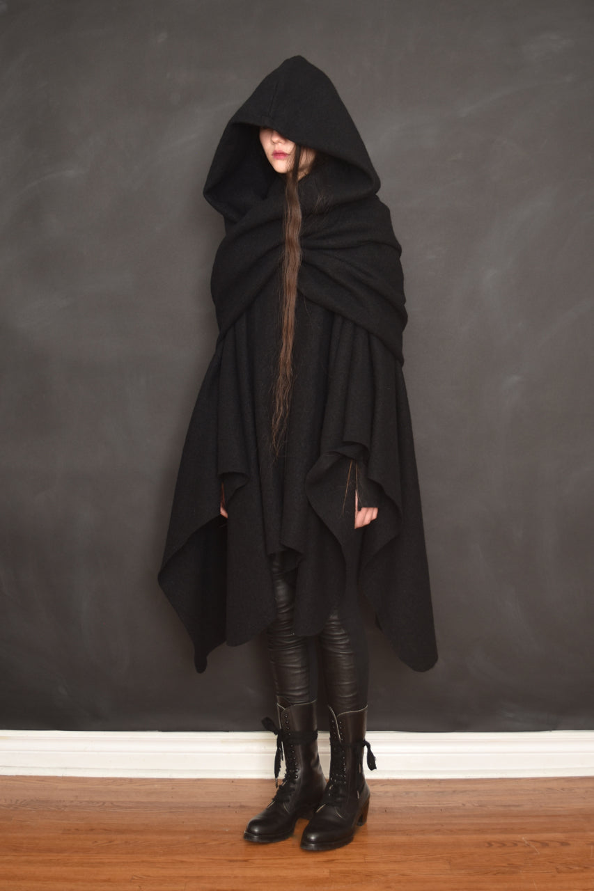 FW18 Mythic Cape Pure Wool (Black, Limited Edition)