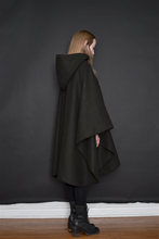Capsule FW19: Field Cape in Pure Wool (Limited Edition, Two Colours)