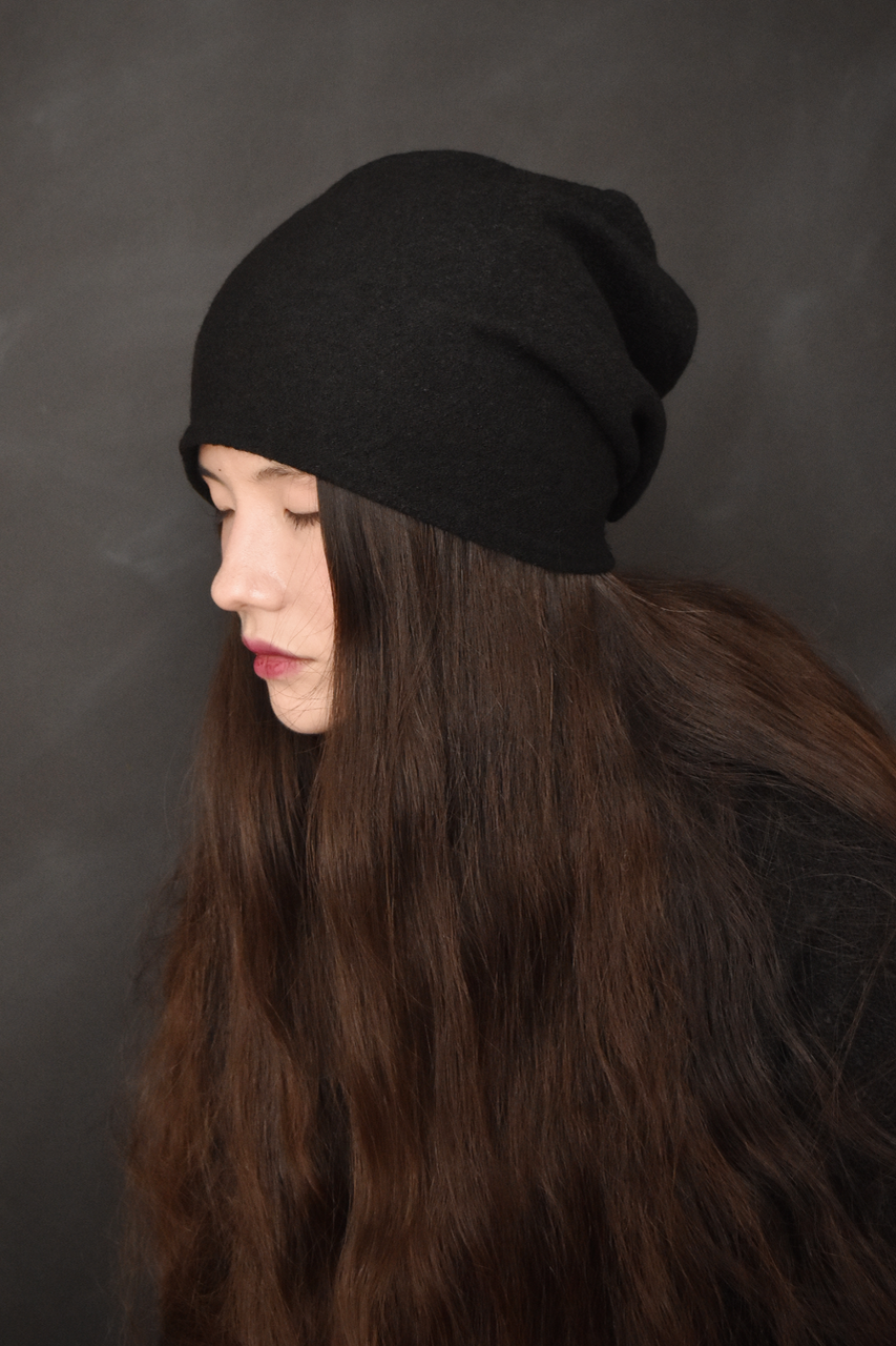 Capsule FW19: Slouchy Toque in Pure Wool (Black)