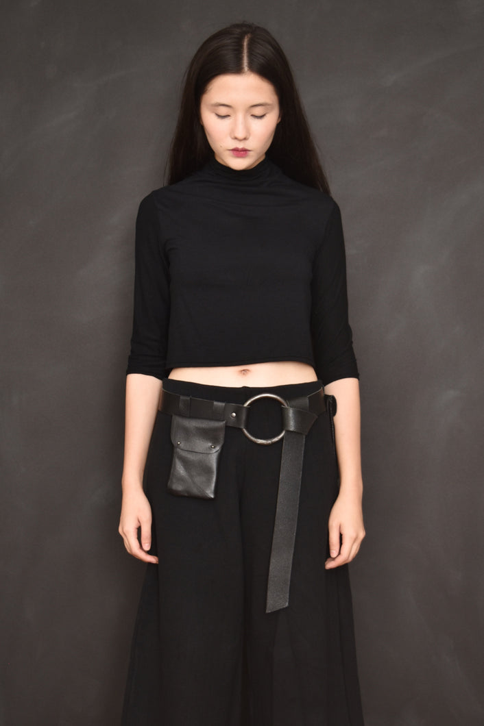 90d18125854 FW18 High Collar Cropped Top w Half Sleeve
