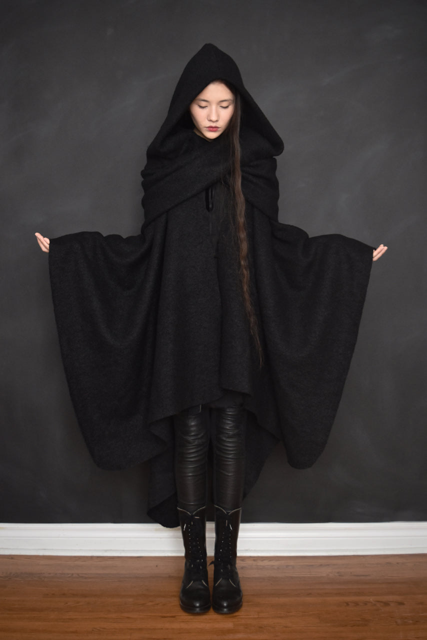 FW18 Mythic Cape in Heavy Wool Boucle (Black)