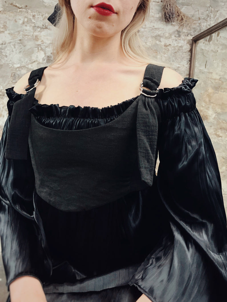 Summer 2020: Cropped Bustier in Black Linen