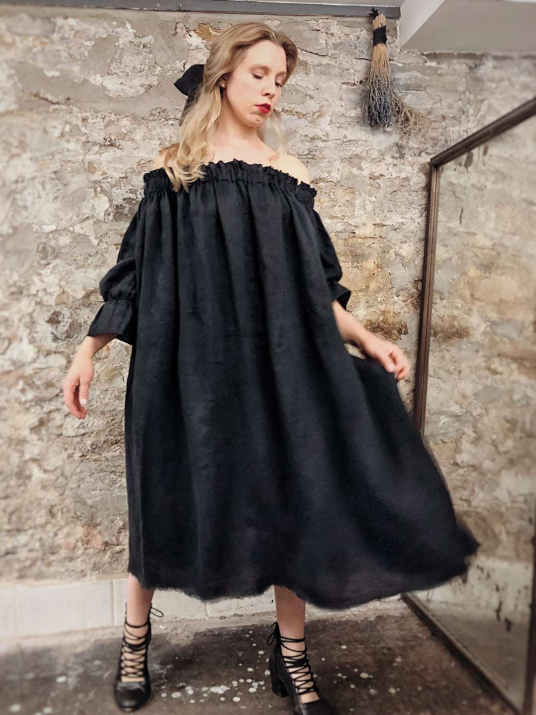 Summer 2020: Off Shoulder Midi Dress in Washed Linen