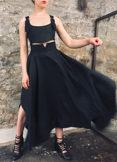 Archive 2021: Notch Waist Skirt in Black Linen