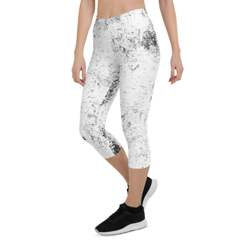 Black White Grunge Capri ¾ Leggings Leggings The Skullection