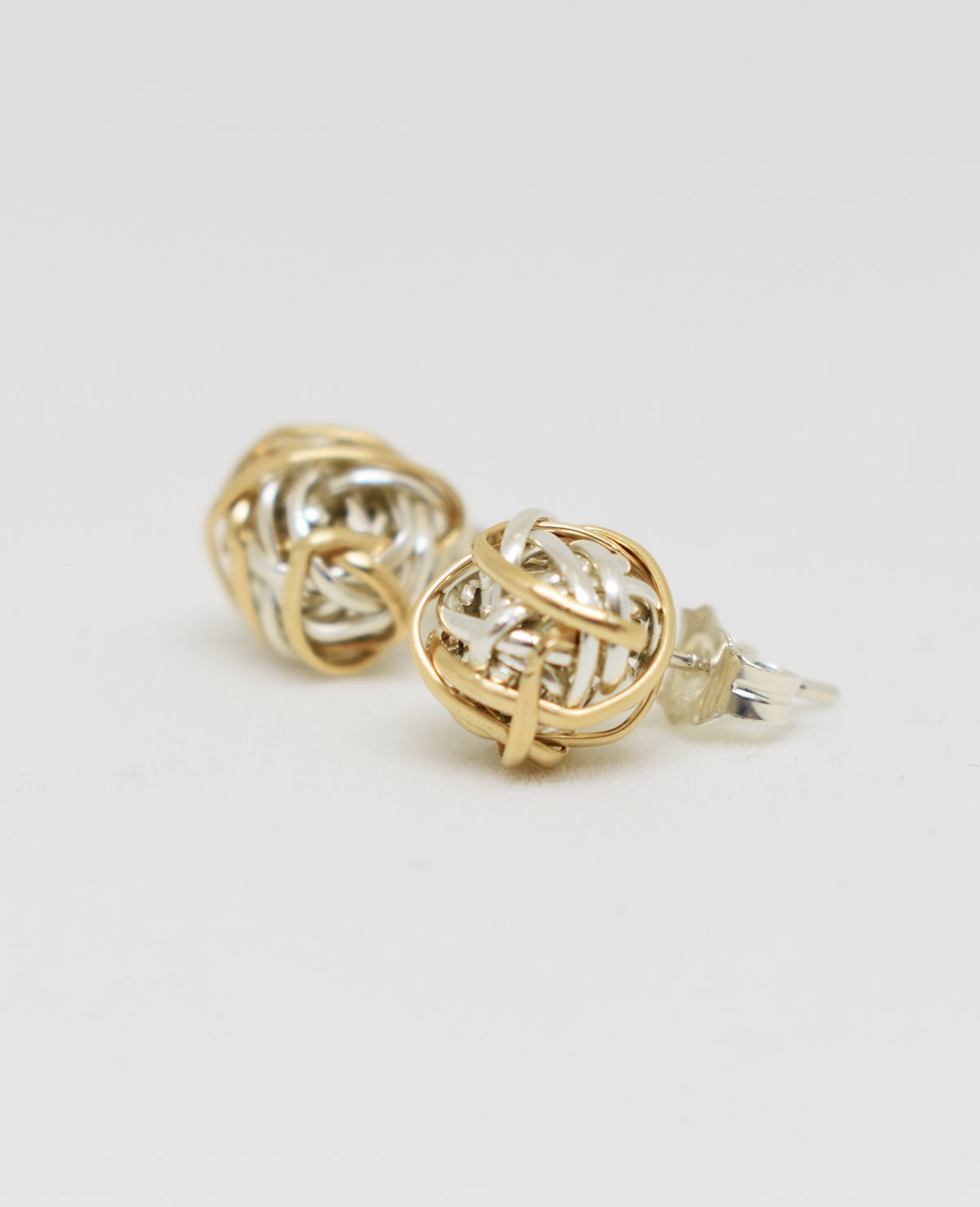 Boucle d'oreille Mix Twist Stud earring, Dianne Rodger Jewellery Fait au Canada