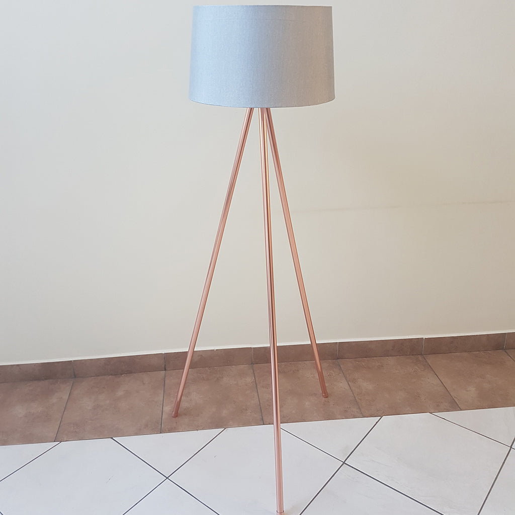 Bright punk - three-legged standing lamp