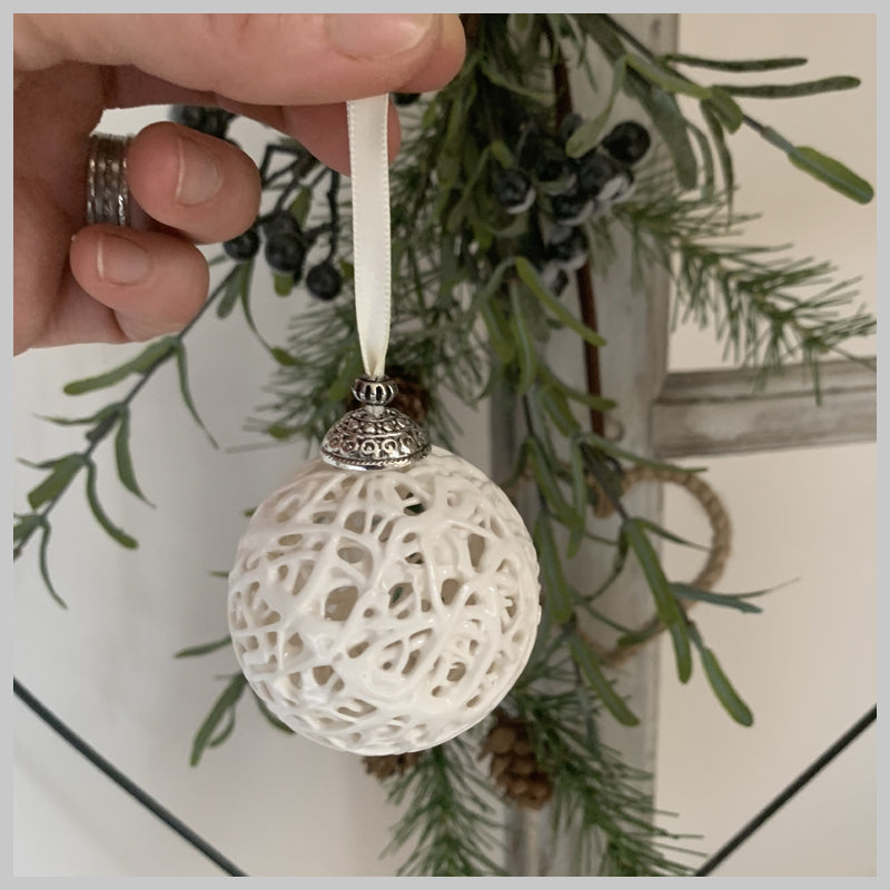 Tangled Web Bauble with Ivory Ribbon