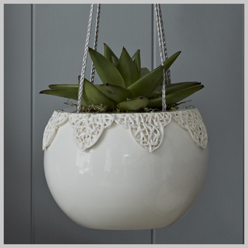 Tangled Appliqué Indoor Hanging Planters