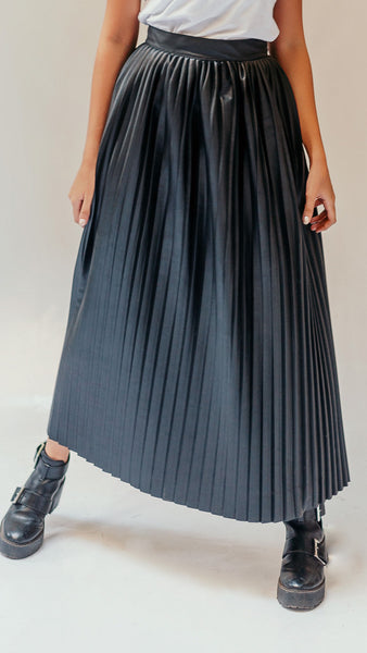 Leather Pleats Skirt - Black