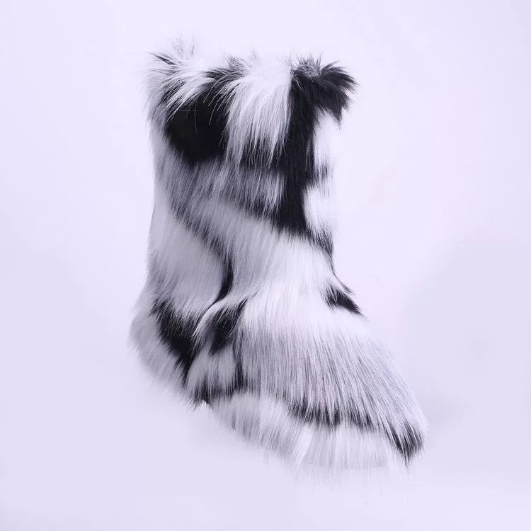 Fluff Boots 2.0 - Preorder