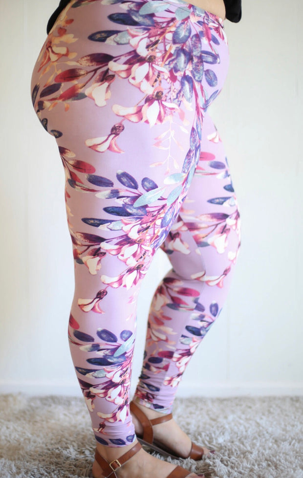 Lavender Floral Leggings Extra Plus