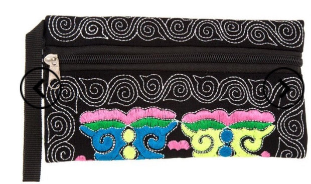 Lily embroidered Wallet