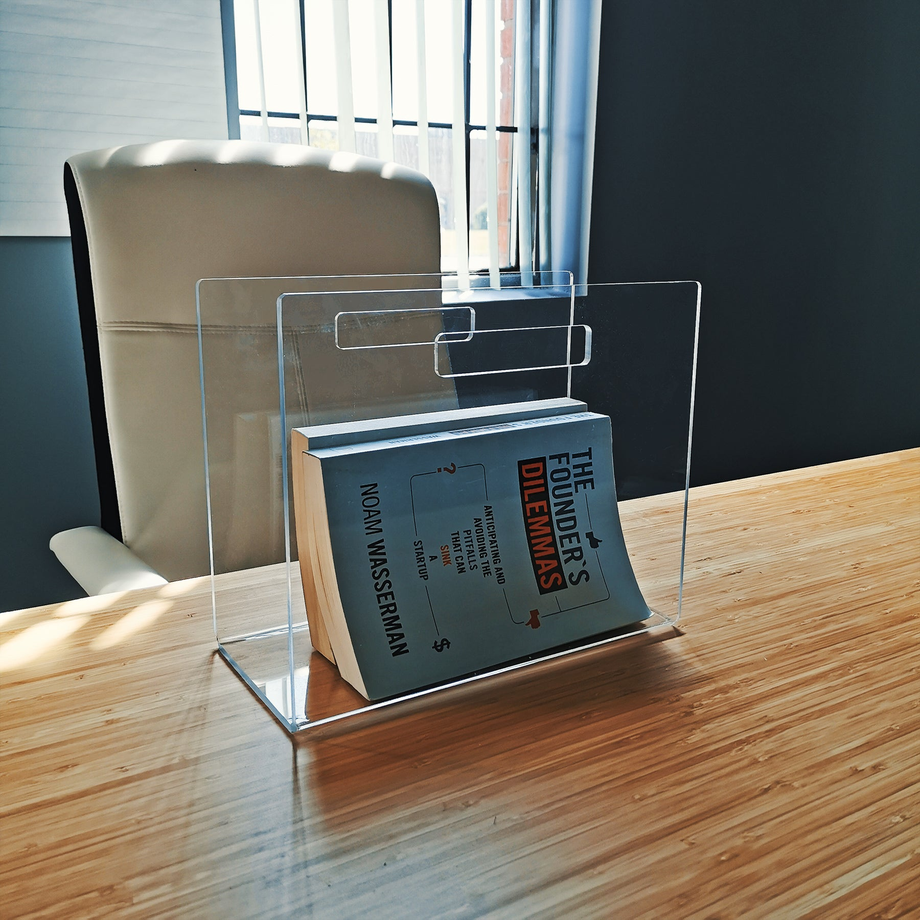 Plastic Magazine Holder - Plastic Work Displays