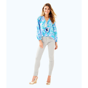 "Load image into Gallery viewer, Lilly Pulitzer 31"" Worth Skinny Jean Sateen Palm Beach Grey"