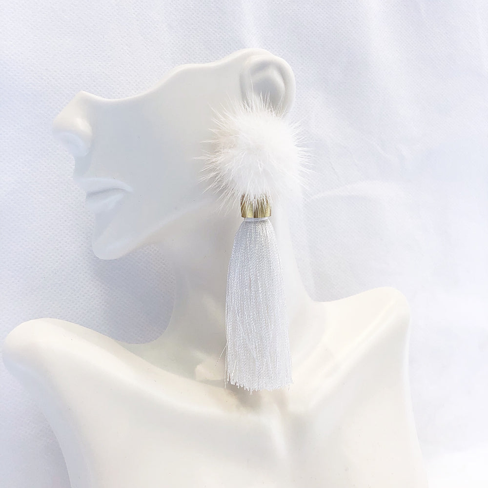 Load image into Gallery viewer, Sugar Cozytime Mink Tassel Earring White