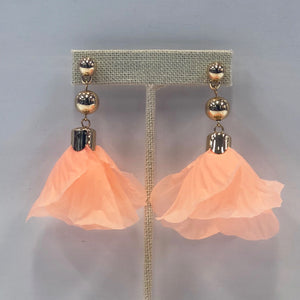 Flower Drop Earrings Peach