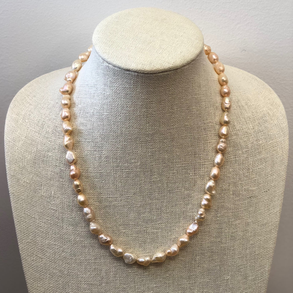 Load image into Gallery viewer, MVF Single Strand Baroque Pearl Necklace Peach/Gold