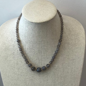 MVF Graduated Gray Agate Gemstone Necklace